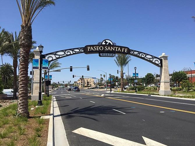 Paseo Santa Fe Vista sign
