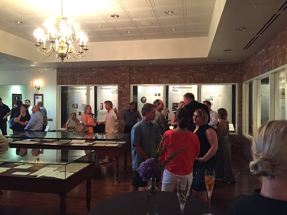 Mingling before dinner in the Green Dragon Tavern Museum