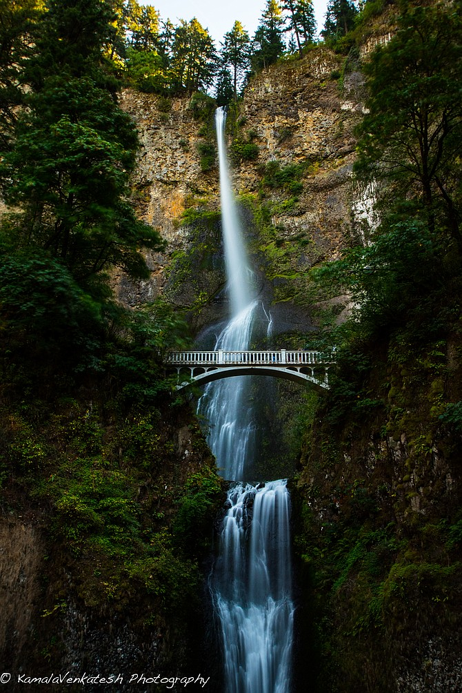The famous Multnomah Falls along the Columbia River Gorge in norther Oregon