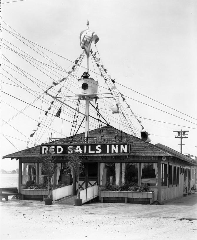 Red Sails Inn (original location on G Street)