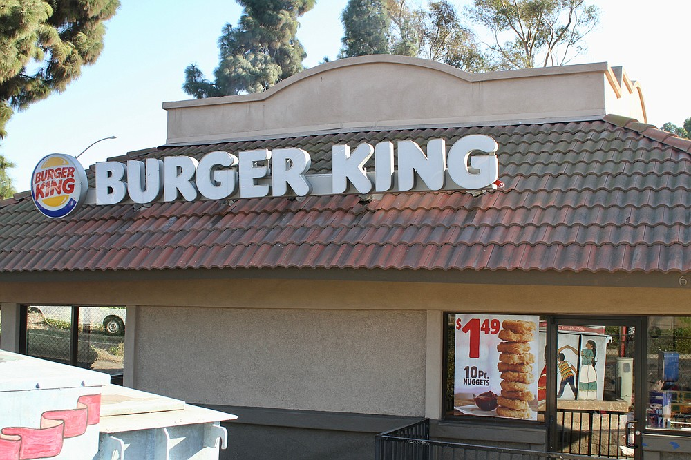 Outside view of the Burger King by the border
