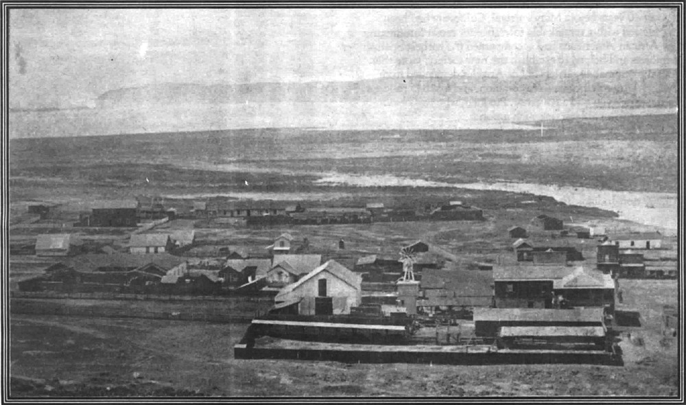 Old Town, c. 1880, had stubbornly remained the center of wealth and population.