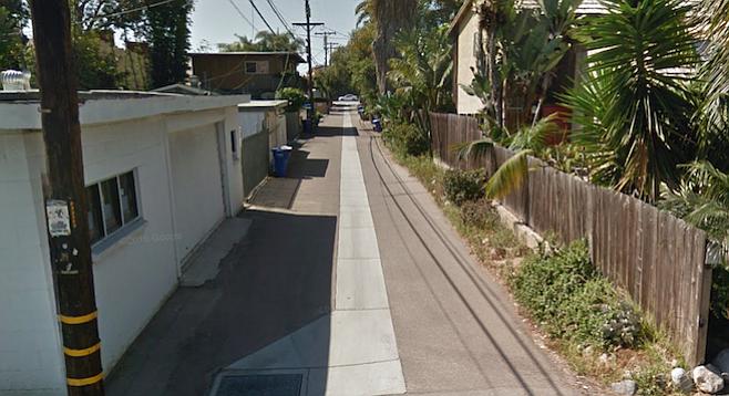 Alley off Europa Street