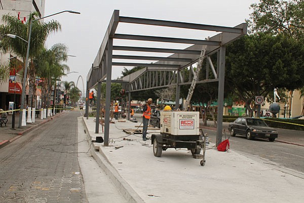 Bus station under construction downtown, in front of Las Pulgas. Avenida Revolución between 7th and 8th.