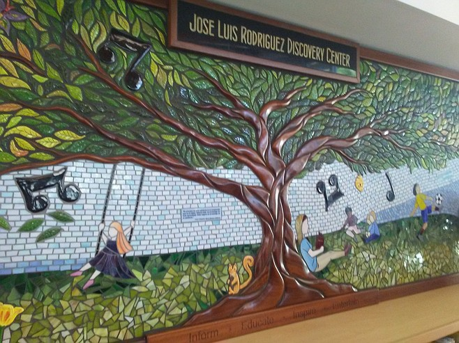 Mural at Lincoln Acres Library