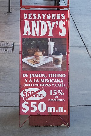 """The possessive apostrophe in """"Andy's"""" does not exist in proper Spanish."""
