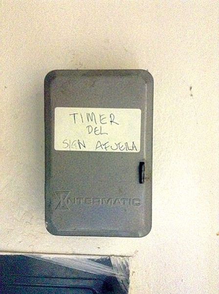 """Timer"" pronounced ""time-air"" in this case"