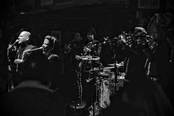 Mariachi El Bronx ended the year on a high note at Pappy & Harriet's.