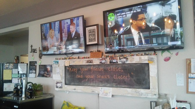 Big screen TVs and funny quotations on the chalkboards make Jennie's Cafe feel like a big family kitchen.