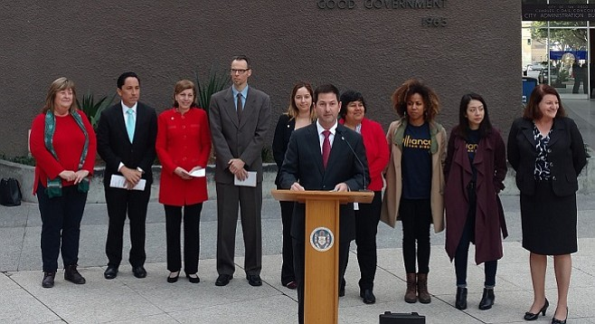 Councilmember Chris Ward called on the city to adopt an ordinance requiring equal pay across gender and ethnic lines on February 10, 2017