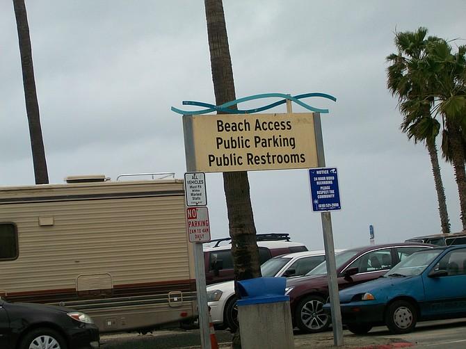 Beach Access sign at Santa Monica Ave. parking lot in Ocean Beach.