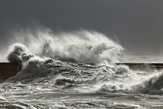 High winds built seas up to 45' feet on the offshore banks, keeping boats on the trailers for over a thousand miles of coastline.