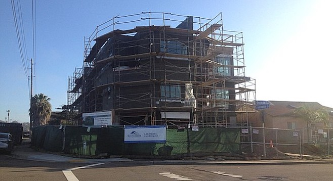 The fourth story is gone from the Emerson/Evergreen structure — but is it lowered to 30 feet?