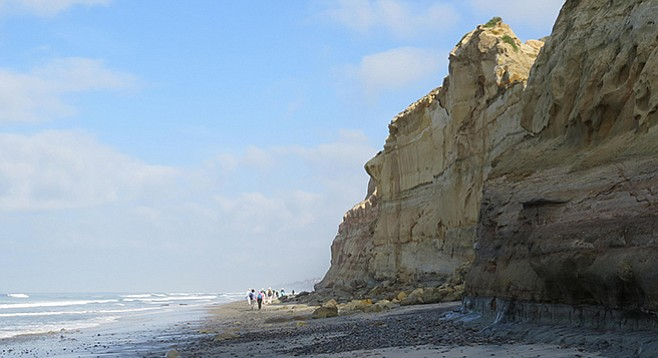 La Jolla Shores on the way to Torrey Pines State Beach during low tide