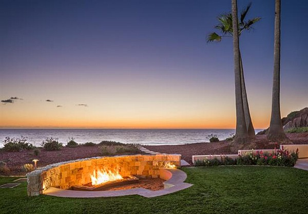 The southernmost waterfront lot in all of Del Mar