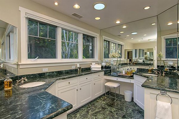 Heated marble floors in the bathroom