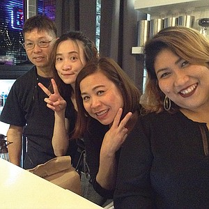 The crew, four days after opening: Phi (brother) Mung the chef, Cheri, Lynn, Phon