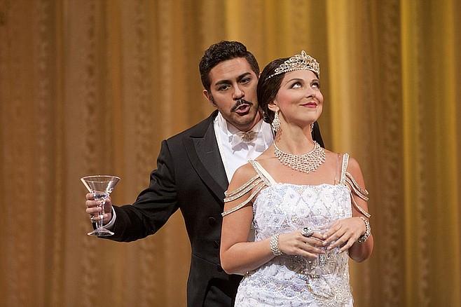 Corinne Winters and Jesus Garcia perform Violetta and Alfredo in San Diego Opera's production of La Traviata.