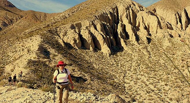 Ridgeline north of Diablo saddle