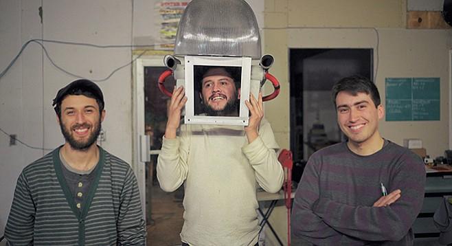 Fernando Servin, Efren Castro, and Rogelio Gutiérrez (Daniel Zamudio skipped work on this day)