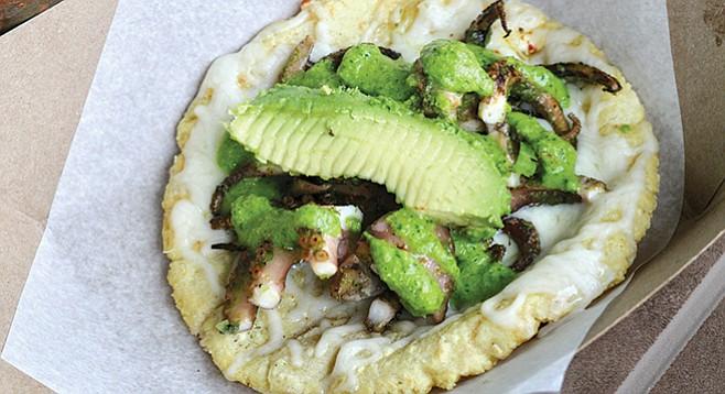 Tacos Perla octopus