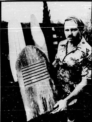 The commoners rode short, flat boards that were really no more than an aid to body surfing, something like a bellyboard, they were called Alaias.