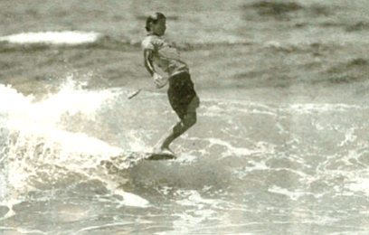 hang ten   v. To ride so far up on the nose of the board that the toes of both feet are extended over the front end. This involves not only nose riding but also abandonment of the usual diagonal or one-shoulder-forward stance.