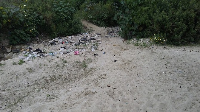 Most recent trash in border area