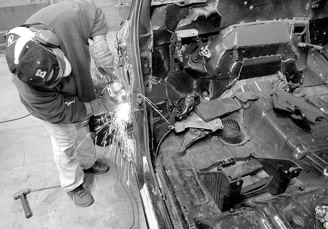 Armor-plating an SUV - Image by Joe Klein