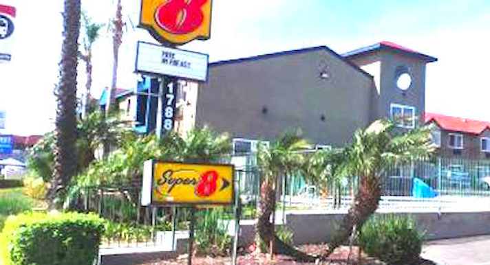 otay neighbors say whoa to addicts at super 8 san diego. Black Bedroom Furniture Sets. Home Design Ideas