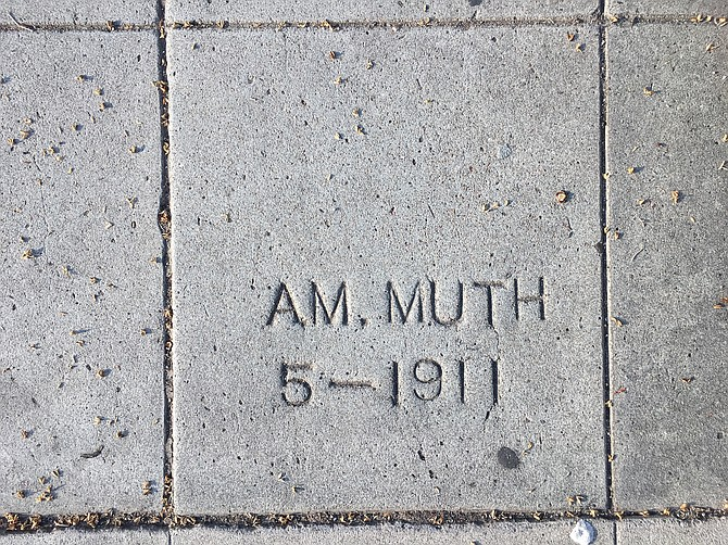 A.M. Muth 5-1911 (3900 block of Centre St)