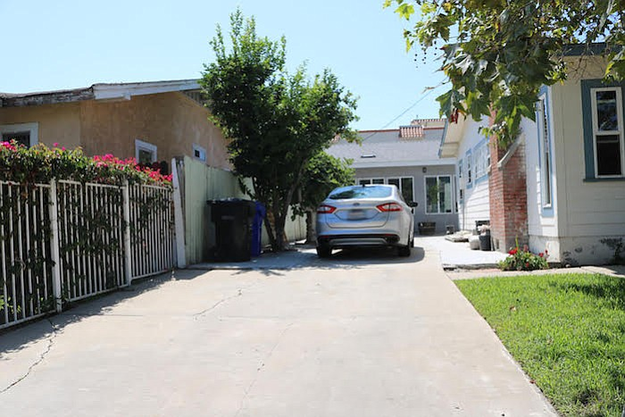 """""""Moving the fence would greatly impede the functionality of my side-yard access path between front and backyards."""""""