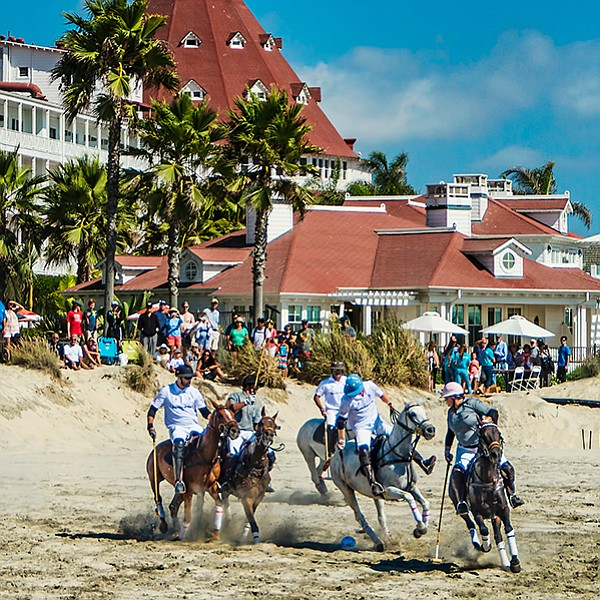 Fifty horses, twelve polo players, and four matches in front of the Hotel Del
