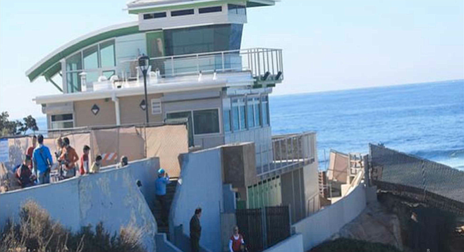 The new La Jolla lifeguard tower
