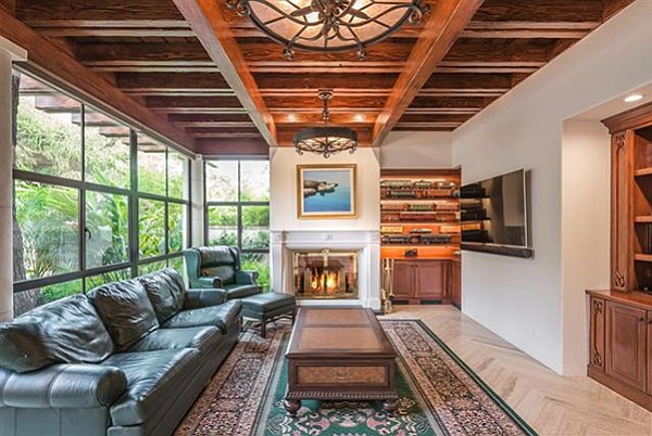 Taking offers between $7,988,000 and $8,488,000