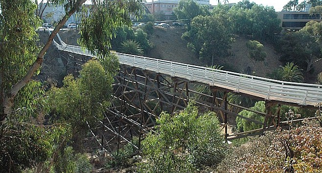 Quince Street bridge. In 2011, wind caused a eucalyptus to partially destroy the handrails near Fourth Avenue.