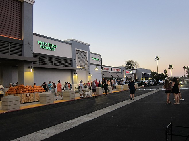 A large crowd showed up before 7:00 a.m. for the Sprouts opening.