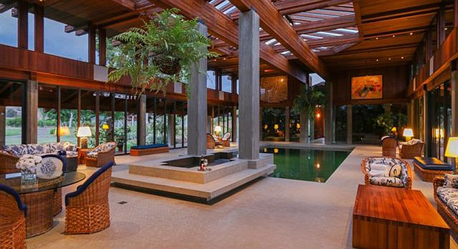 """A """"magnificent indoor pool and spa"""""""