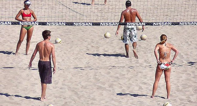 Volleyball in Huntington Beach