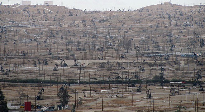 Fracking fields in Kern County