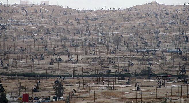 Fracking fields in Kern County