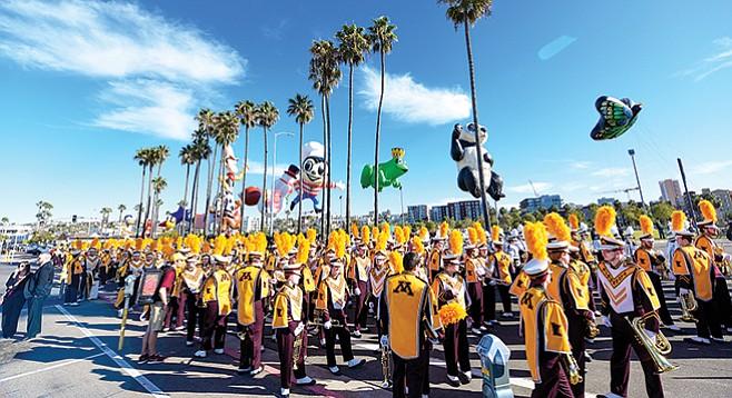 Thursday, December 28: Holiday Bowl Parade 2017