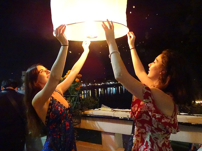 Chiang Mai Lantern Festival 2017