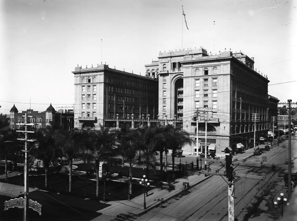 Horton Plaza in 1910