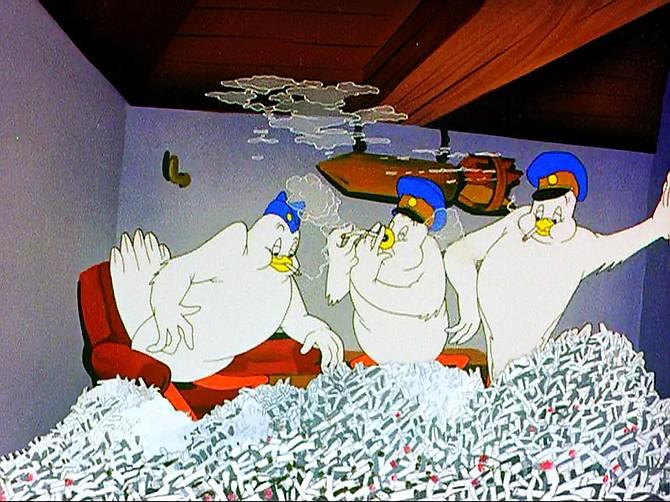 Smoking in Plane Daffy (1944).