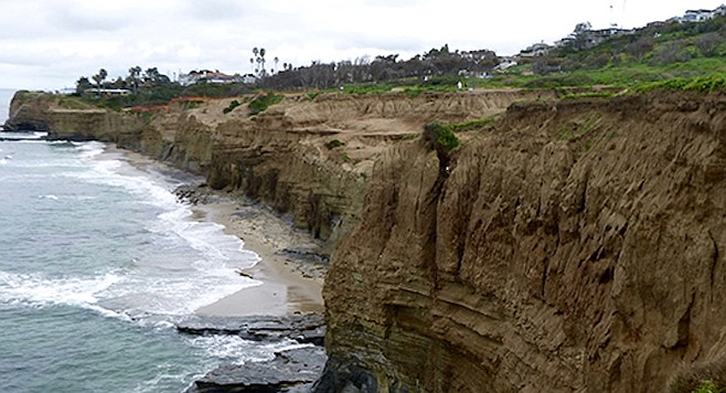 Sunset Cliffs: 1 fall in water, and 1 stuck on cliff.