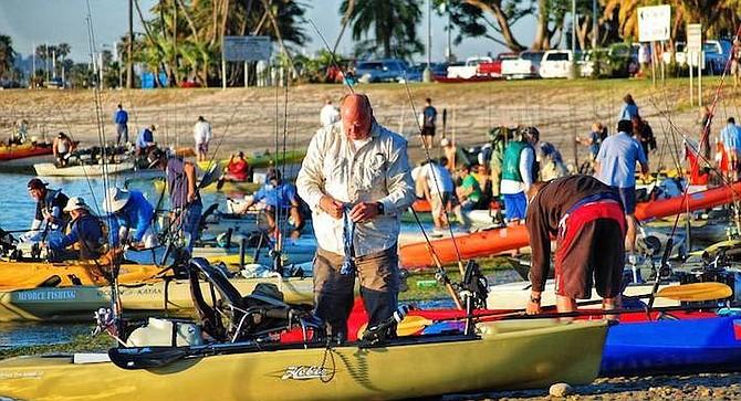 2017 Mission Bay Classic entrants prepare to launch.