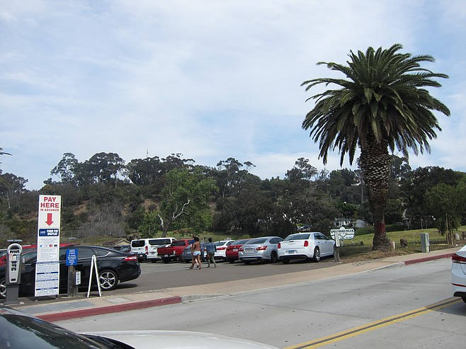 Those are not golfers heading to their cars in the Presidio Hills parking lot.