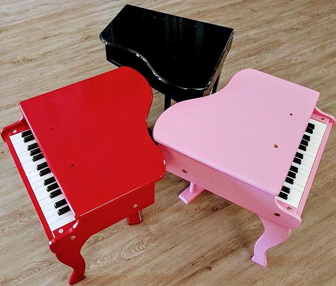 Figmentum Toy Pianos