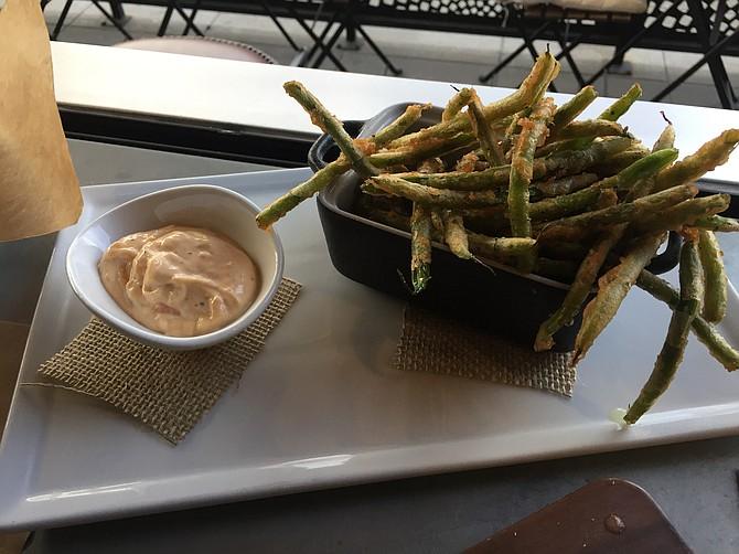 Crisp green bean tempura